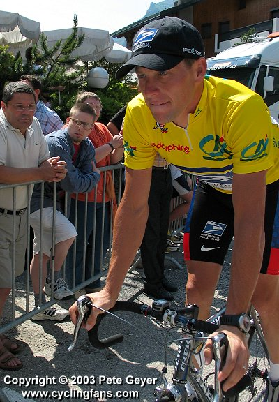 2003 Dauphine Libere, Stage 5:  Lance Armstrong after signing in in Morzine