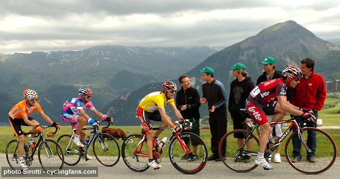 2008 Dauphine Libere, Stage 6:  Haimar Zubeldia, Sylvester Szmyd, Alejandro Valverde and Cadel Evans in the mountains
