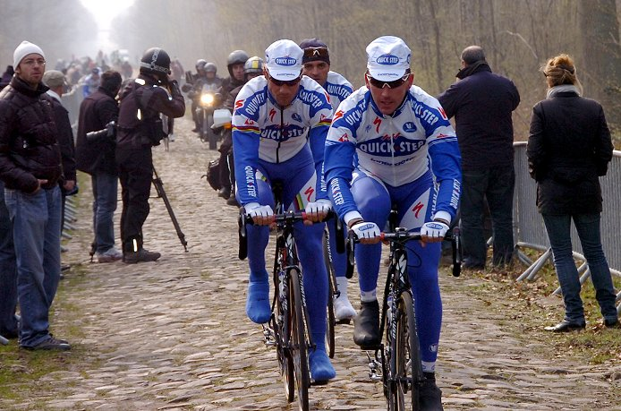 Tom Boonen and Quick Step on reconnaissance two days before the 2008 Paris-Roubaix