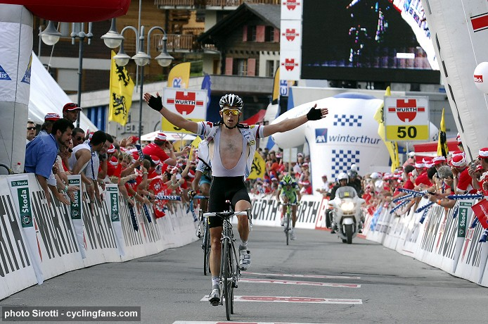 2008 Tour de Suisse:  Kim Kirchen (Team High Road) wins Stage 6 in Verbiers in the Swiss Alps