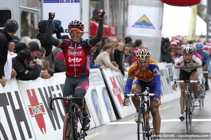 2008 Tour de Suisse:  Robbie McEwen (Silence-Lotto) wins stage 3 ahead of Oscar Freire (Rabobank) and Gerald Ciolek (Team High Road)