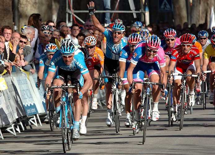 Erik Zabel wins stage 2 of the 2008 Vuelta Comunidad Valenciana