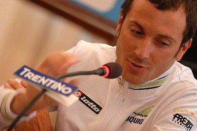 2009_giro_del_trentino_press_conference_ivan_basso.jpg